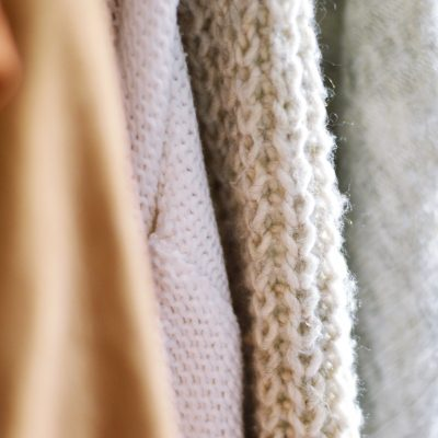 close-up-photo-of-knitted-sweater-3262937 (2)